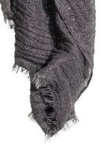 Glittery scarf - Dark grey - Ladies | H&M 3